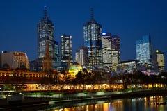 Nachtfoto der Melbourne-Stadt lizenzfreies stockfoto