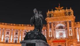 Nachtfoto, Prinz Eugene der Wirsingstatue lizenzfreies stockfoto