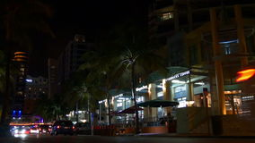 Nachthelle Miami-Südstrandozean-Antriebsgebäude 4k Florida USA stock footage