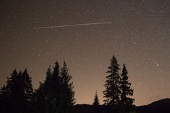 Nachthemel met partij van glanzende sterren Stock Afbeeldingen