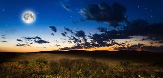 Nachthintergrund Lizenzfreie Stockbilder