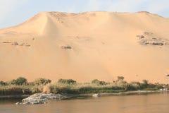 Nachtisch entlang dem Nil nahe Luxor Stockfoto