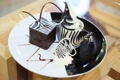 Nachtisch nennt Zebrastreifen am Tier-cafe& x27; in Thailand stockfotos
