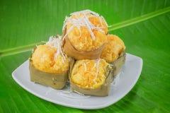 Nachtisch thailändischer süßer sugarpalm Kuchen mit Kokosnuss Stockbilder