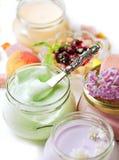 Nachtisch und Früchte Stockfoto