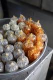 Nachtische in den kleinen Plastiktaschen, Südvietnam Lizenzfreies Stockfoto