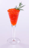 Kristallglas mit Kaviar Stockfotografie
