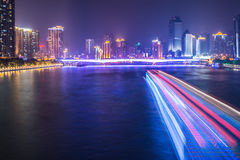 Nachtkreuzfahrt auf Pearl River Stockfoto