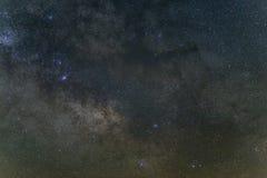 Nachtlandschaft der Milchstraße Stockfotografie
