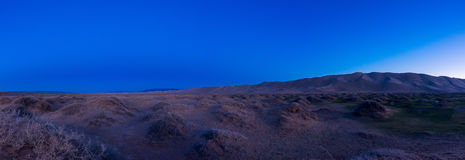 Nachtlandschaft in der Wüste lizenzfreie stockfotografie
