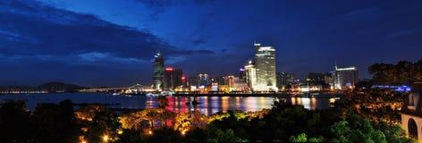 Nachtlandschaft Gulangyu Lujiang auf beiden Seiten Lizenzfreies Stockfoto