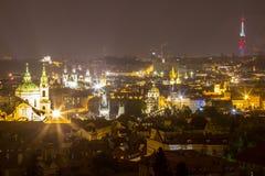 Nachtlandschaft von Prag, Tschechische Republik Lizenzfreie Stockfotos