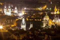 Nachtlandschaft von Prag, Tschechische Republik Stockfotos