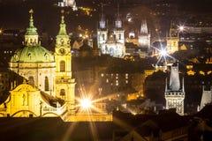 Nachtlandschaft von Prag, Tschechische Republik Stockbilder