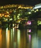 Nachtlandschaft von Scilla Lizenzfreie Stockfotografie