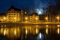 Nachtlandschap in de stad Stock Afbeelding