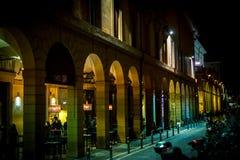 Nachtleben im Bologna Stockfotografie