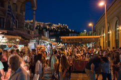 Nachtleven in Plaka op 1 Augustus, 2013 in Athene, Griekenland. Stock Foto's