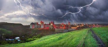Nachtlichter der Festung Lizenzfreie Stockfotos