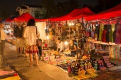 Nachtmarkt in Luang Prabang Royalty-vrije Stock Foto's