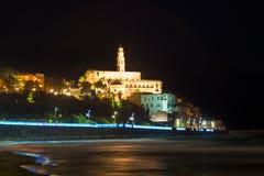 Nachtmeerblick von altem Jaffa von der Ufergegend lizenzfreie stockbilder