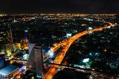 Nachtmening over de stad van Bangkok, Thailand Royalty-vrije Stock Fotografie