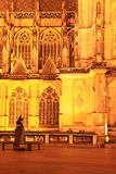 Nachtmening over gotische St. Vitus Kathedraal op het Kasteel van Praag Stock Afbeelding