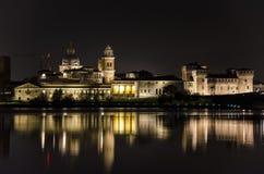 Nachtmening over het Mantua-meer Royalty-vrije Stock Afbeeldingen