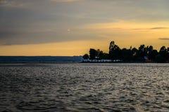 Nachtmening over het Meer van Konstanz in de Zomer stock fotografie