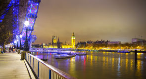 Nachtmening van Big Ben en Huizen van het Parlement, Londen het UK Royalty-vrije Stock Fotografie