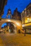Nachtmening van de Eastgate-Klok in Chester stock fotografie