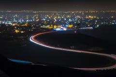 Nachtmening van de stad van de berg Royalty-vrije Stock Afbeelding