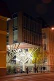 Nachtmening van de stad van Tallinn stock foto