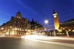 Nachtmening van het Parlement van Londen Vierkant, Groot Ben Present Royalty-vrije Stock Afbeeldingen
