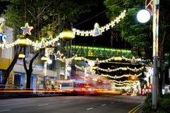 Nachtmening van Kerstmisdecoratie Stock Foto