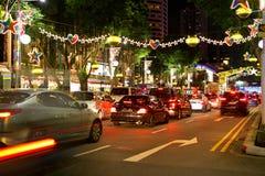 Nachtmening van Kerstmisdecoratie bij de Boomgaardweg van Singapore op 19 November, 2014 Royalty-vrije Stock Afbeeldingen