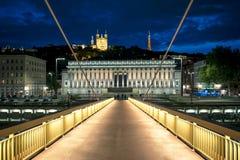 Nachtmening van Lyon van voetgangersbrug Stock Fotografie