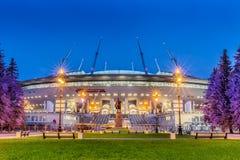 Nachtmening van nieuwe voetbal` heilige-Petersburg Arena ` op Krestovsky-eiland in St. Petersburg voor de Wereldbeker 2018 Royalty-vrije Stock Foto's