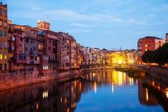 Nachtmening van oude Girona Stock Afbeelding
