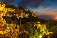 Nachtmening van Sorrento en de Middellandse Zee Stock Afbeelding