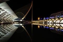 Nachtmening van Stad van Kunsten en Wetenschappen stock foto's