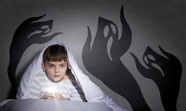 Nachtmerries van kind Stock Foto's