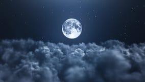 Nachtmond über den Wolken stock footage