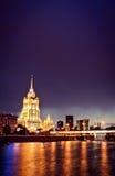 Nachtmoskau-Stadtbild Stockfotos