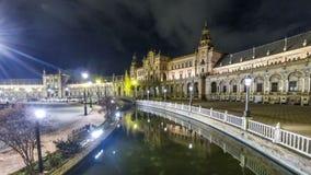 Nachtpanorama van Plaza DE Espana in Sevilla, Spanje stock video