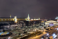 Nachtpanorama von Manege-Quadrat und von Tempel von Christus des Retters stockfotografie