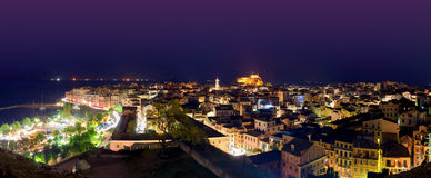 Nachtpanoramalandschaft Korfus Griechenland lizenzfreie stockfotografie