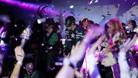 Nachtpartei im Verein stock video footage
