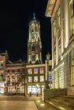 Nachtportret van de Domtoren-kerk in Utrecht, Nederland Stock Afbeelding