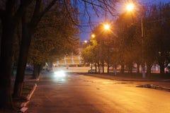 Nachtprovinzielle Stadt Stockfoto